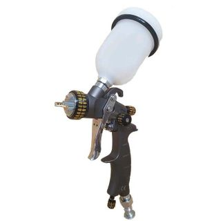 IWATA 2SPRAY GRAVITY GUN 1.3MM & 1.8MM WITH 600ML POT