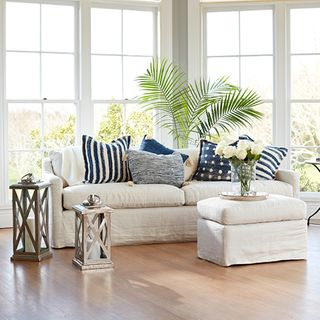 Sofas & Daybeds