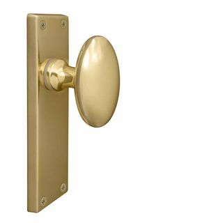 KNOB ON PLATE UNLACQUERED BRASS
