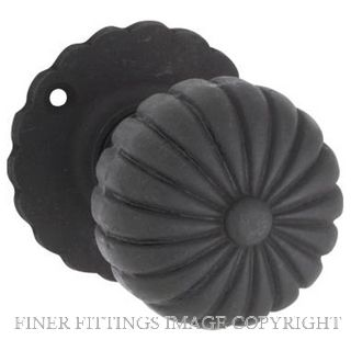 TRADCO TR1012 FLUTED MORTICE KNOBS