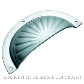 TRADCO 3140 DRAWER PULL FLUTED SB 97 X 40MM SATIN CHROME