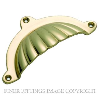 TRADCO 3557 DRAWER PULL FLUTED 100 X 47MM POLISHED BRASS