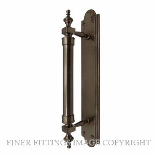 WINDSOR 5038 AB PULL HANDLE ON BACKPLATE ANTIQUE BRONZE