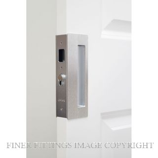 CL400 SINGLE DOOR PRIVACY SET LEFT HAND MAGNETIC 33-40MM