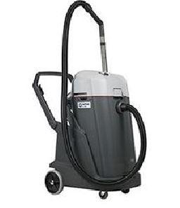 NILFISK VL500 75-2 ERGO WET/DRY VACUUM CLEANER
