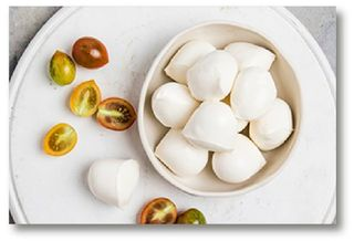 CHEESE BOCCONCINI TRAYS 200GM (6)