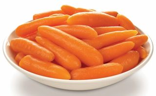 CARROTS BABY 2KG (6) MCCAINS