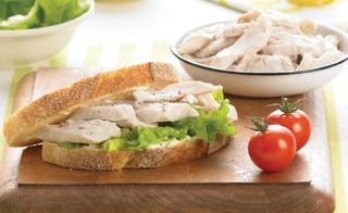 CHICKEN MEAT BREAST SLICED 1KG (5)