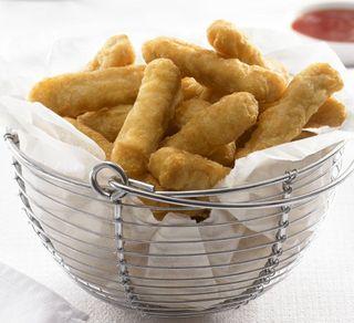 CHICKEN CHIPPIES 1KG (5)
