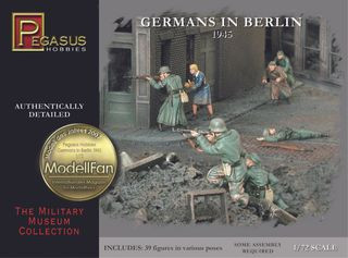 Pegasus Germans In Berlin 1945 30Pcs 1:72