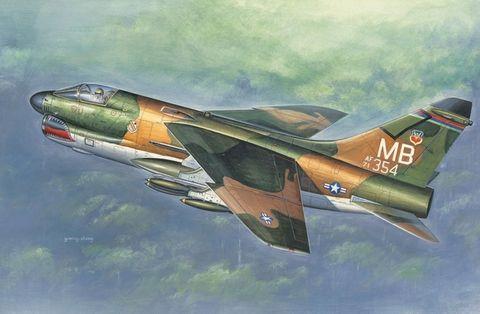 1:72 A-7D Corsair II*