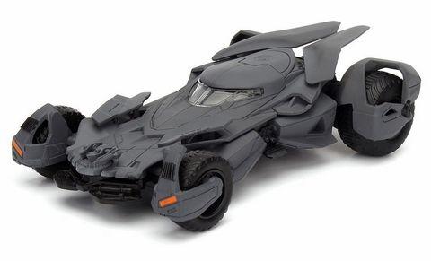 Jada Diecast Diecast 1:32 2016 Batmobile*