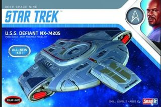 1:1000 Star Trek U.S.S. Defiant