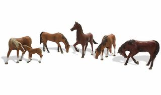 Woodland Scenics Ho Chestnut Horses