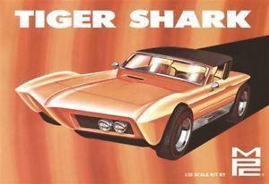 1:25 Tiger Shark Show Rod