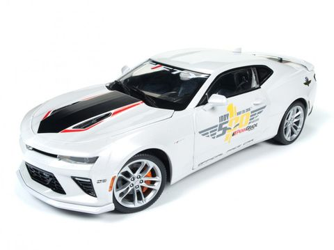 1:18 2017 Chevy Camaro Indy Pace  *