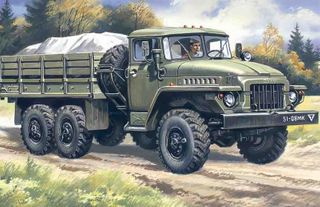 ICM 1:72 Ural-375D Army Truck