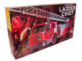 AMT 1:25 American Lafrance Ladder ChiefFire
