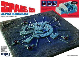 MPC 1:3200 Space 1999: Moon Base Alpha