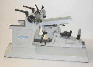 Bright 8000 Retracting Base Sledge Microtome with standard Knife Holder