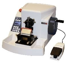 A550 Microtome Fully Automatic includes Low Profile Blade Holder for Disposable Blades #24-3230-00 and Universal Cassette Clamp for Standard Cassettes #24-3232-00
