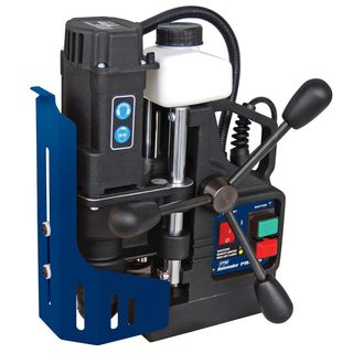 MAGNETIC BASE DRILLING MACHINES