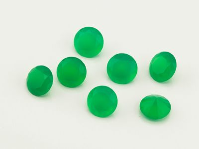 Dyed Green Agate 6mm Round Faceted (T)
