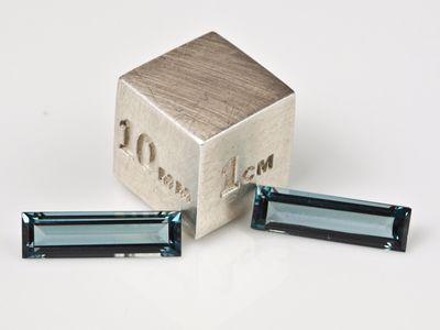 Synthetic Blue Spinel Zircon 20x3.5mm Baguette (S)