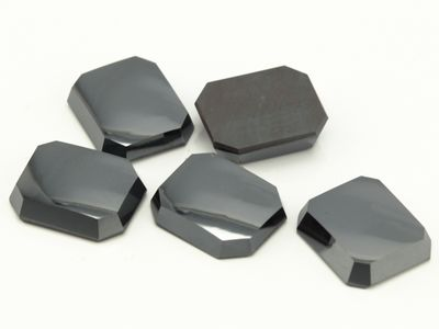 Haematite 12x10mm Oct BuffTop SB German Cut (N)