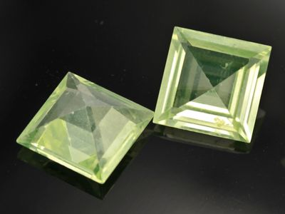 Syn Peridot Spinel 12mm Square Swiss (S)