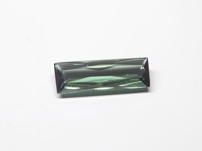 Syn Tourmaline Spinel 16x5mm Baguette Swiss (S)