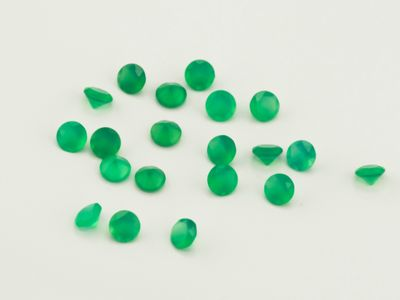 Dyed Green Agate 2.5mm Round Faceted (T)