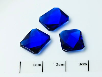 Bright Blue Syn Spinel Buff-Top 12x10mm Emerald  (S)