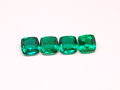 Hydrothermal Emerald 6mm Square Cushion Cut (S)
