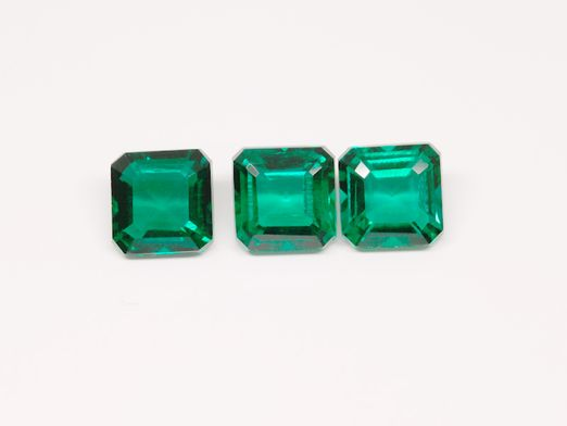 Hydrothermal Emerald 7mm Square Emerald Cut (S)