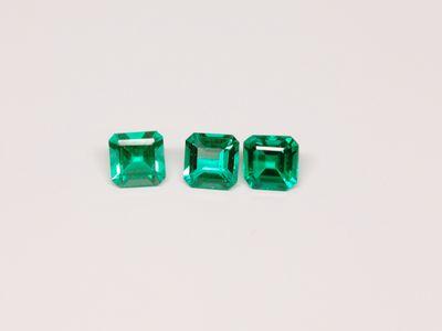 Hydrothermal Emerald 4mm Square Emerald Cut (S)