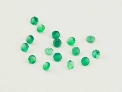 Dyed Green Agate 2mm Faceted Round (T)