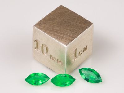 Emerald Colombian Assort Marquise (E)