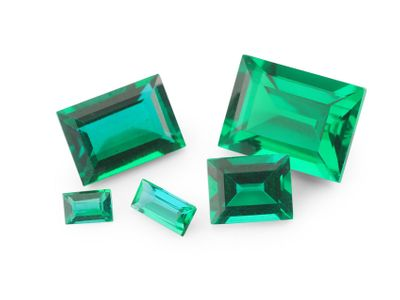 Hydrothermal Emerald 5x2.5mm Baguette (S)