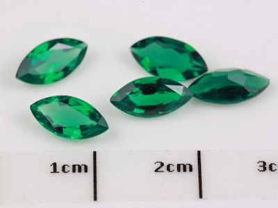 Hydrothermal Emerald 8x4mm Marquise (S)
