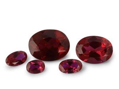Syn Ruby Dark Red 13x6.5mm Oval (S) EOL