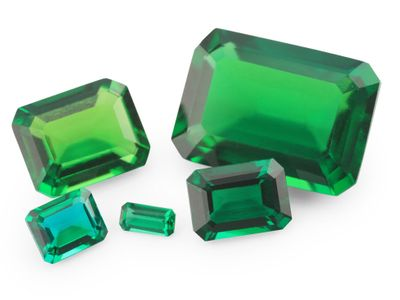Hydrothermal Emerald 5x4mm Emerald Cut (S)