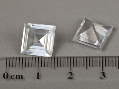 Synthetic White Spinel 10mm Square (S)