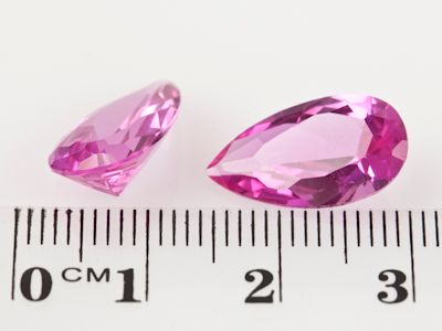 Synthetic Sapphire Pink 16x9mm Pear (S)