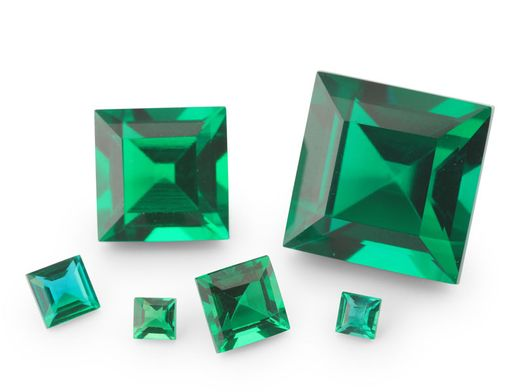 Hydrothermal Emerald 8mm Square (S)