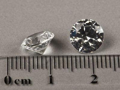 Syn White Spinel 8mm Round (S)