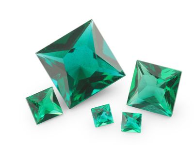 Hydrothermal Emerald 4mm Princess Cut (S)