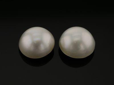 Mabe White Pearl 12-12.5mm Round (C)