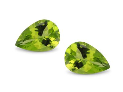 Peridot 13x9mm Pear (N)