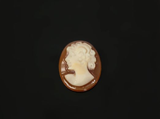 Italian Shell Cameo 10x8mm Oval (N)